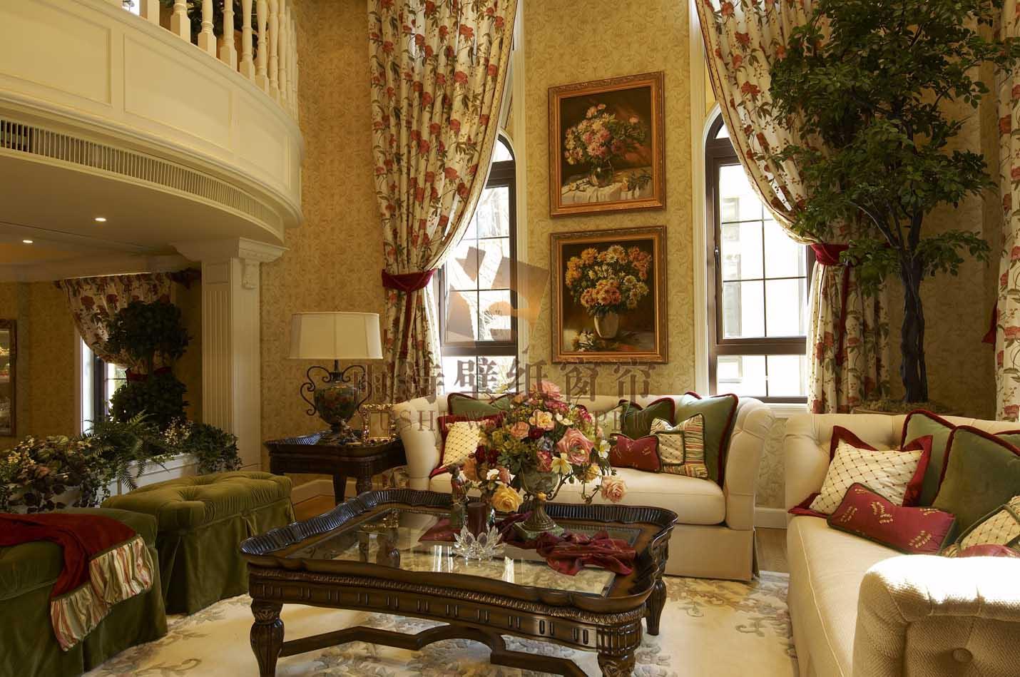 雨诗壁纸窗帘之田园大花窗帘搭配暗花纹墙纸