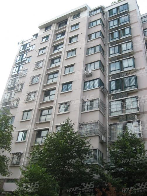 政务区琥珀五环城,双梯双户,三室两厅,楼王,带供暖,急售