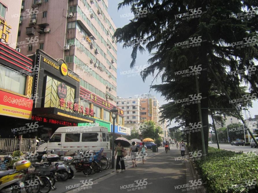 主城区单价2.3万地铁光华门蓝旗街光华东街三房两厅