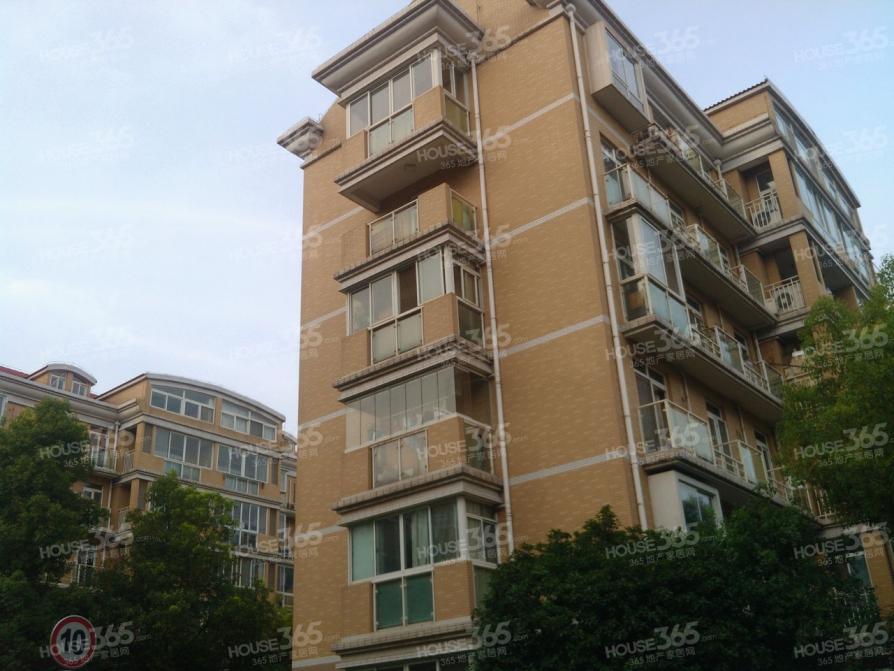 武夷花园4室2厅2卫163.11平方米438万元