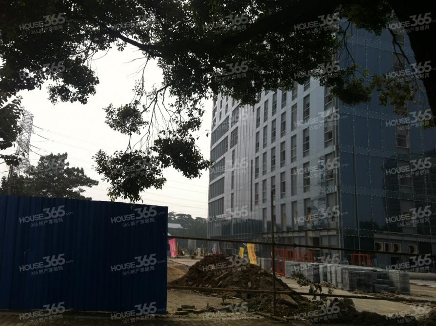 金盛财智广场35平米精装2012年建