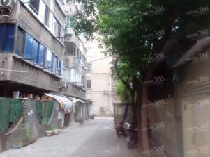 市中心八佰伴旁新生路口永兴巷中间楼层精装一房随时