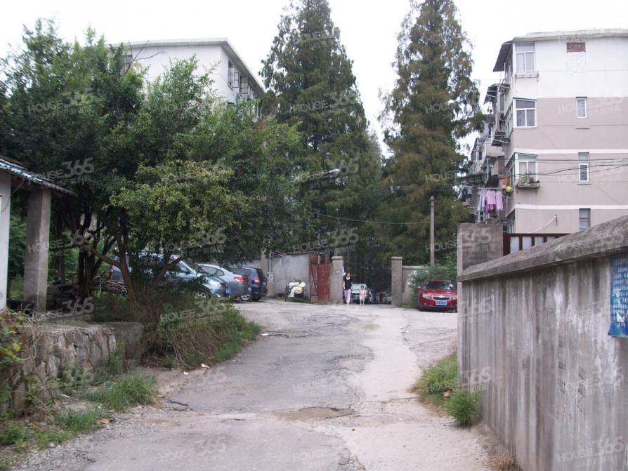 江苏警官学院家属区2室1厅1卫70.1平方产权房精装
