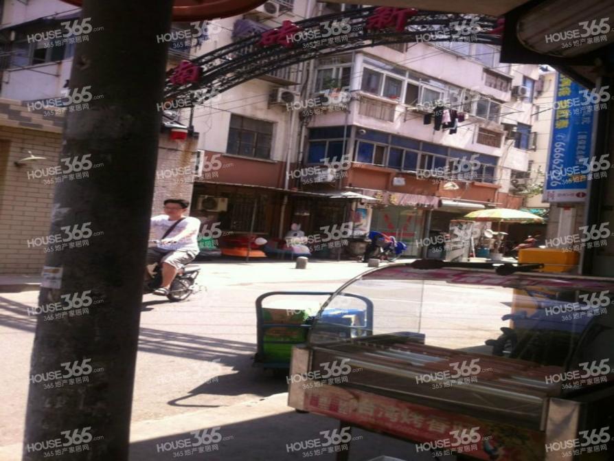中华路临街商铺出租 适合多种经营