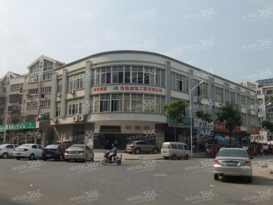 万江共和新城3室2厅1卫118平米整租精装