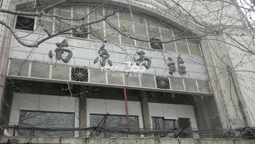 江宁万达广场 绿地之窗图片