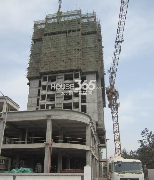 紫郡长安青年公馆A1号楼工程进度(2013.4.12)