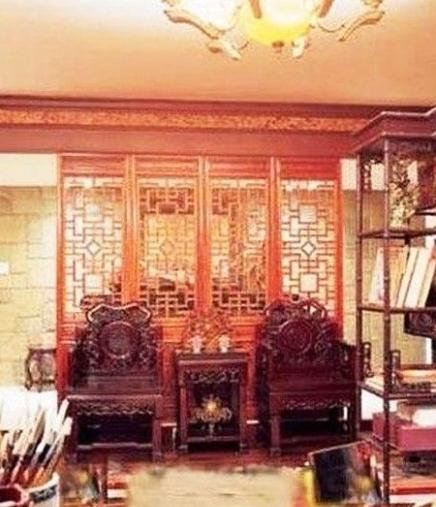 欧式豪宅内部图片红色调
