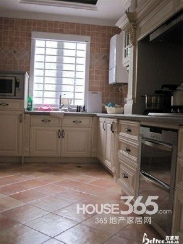 厨房地板砖效果图 告别枯燥装修有精彩-365地产家居